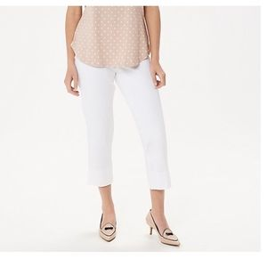 NWOT Isaac Mizrahi 24/7 Stretch White Crop Pant
